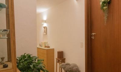 スタイルイズスティルリビング ショールーム〜外国人向け住宅のリノベーション〜 (玄関)