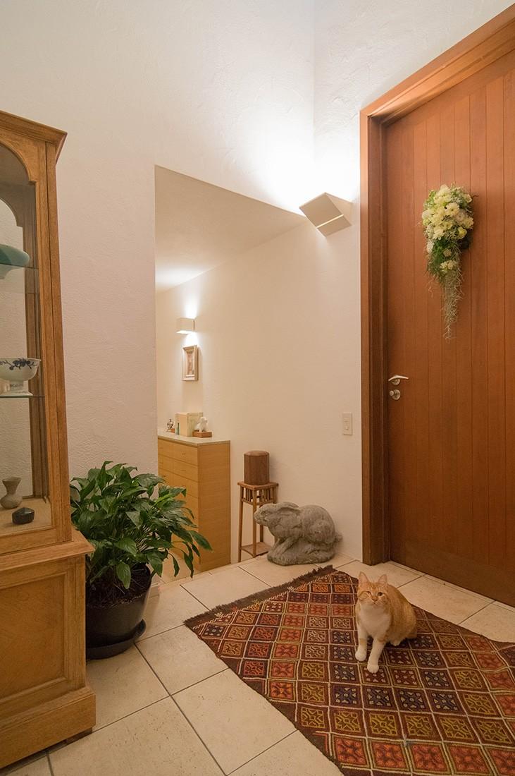 玄関事例:玄関(スタイルイズスティルリビング ショールーム〜外国人向け住宅のリノベーション〜)