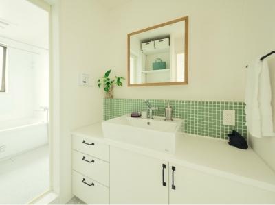 洗面室とバスルーム (リノベーション / herbal)