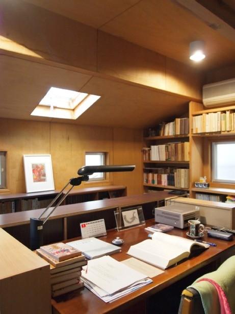 書斎事例:書斎(書斎とアトリエのある家|A HOUSE)