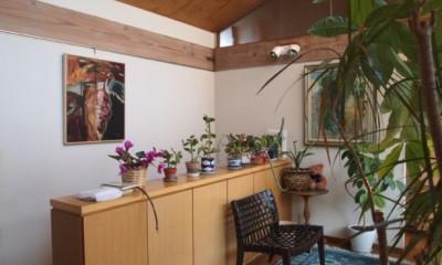書斎とアトリエのある家|A HOUSE (2階ホール)