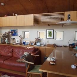書斎とアトリエのある家|A HOUSE