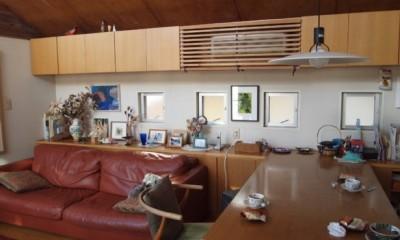 書斎とアトリエのある家|A HOUSE (リビングダイニング)