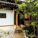 Omoya -入母屋造の民家の改修-の写真 外観