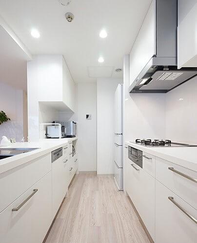 キッチン事例:キッチン(35cmが生む洗面脱衣室の快適性~寒冷地の洗濯物事情~)