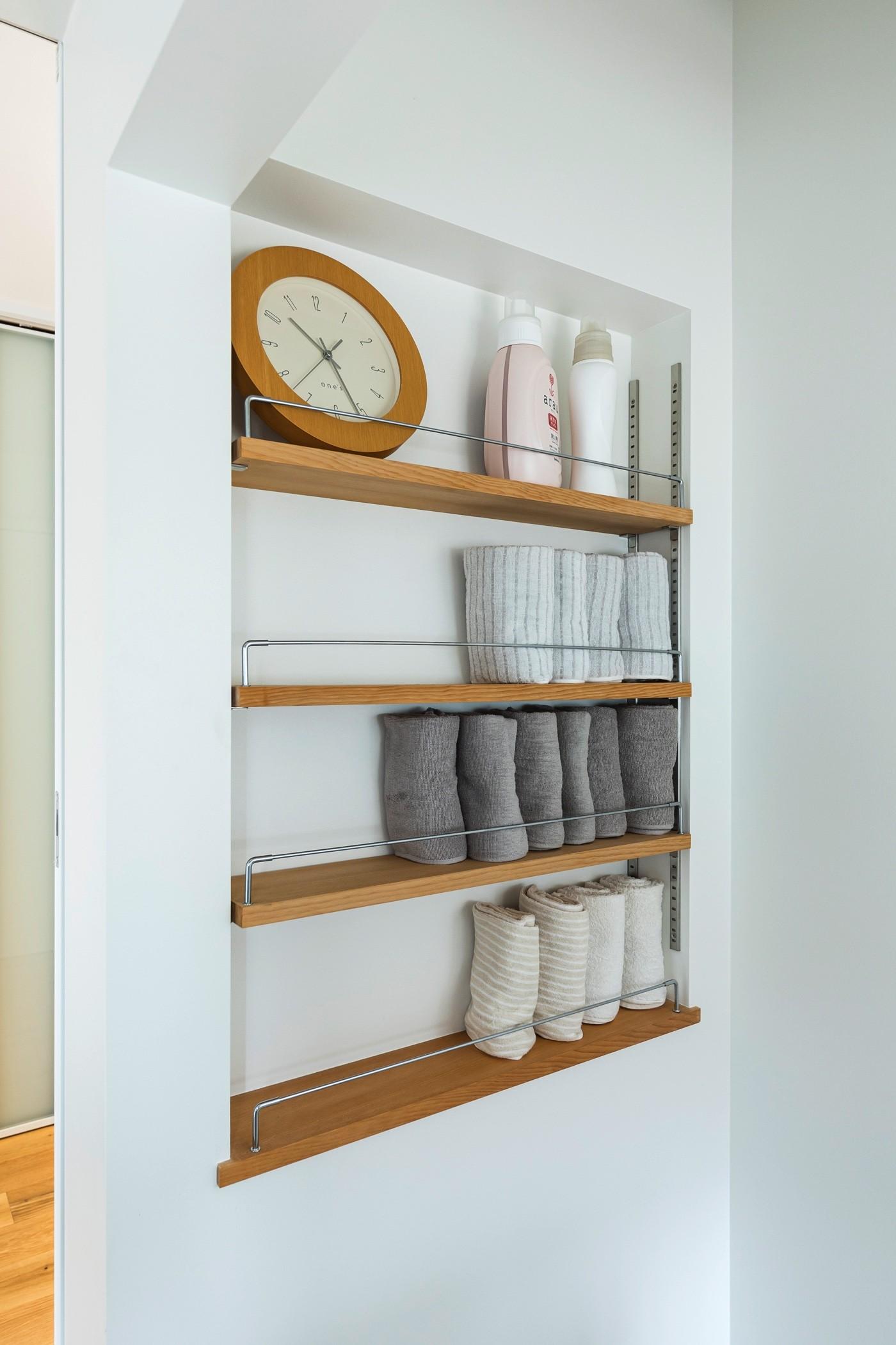 リビングダイニング事例:脱衣室の壁面収納(揖斐郡 S様邸|rapport)