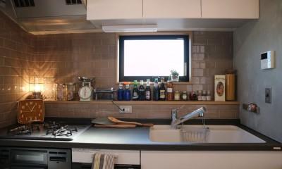 趣味と、アメリカンファニチャーから始まる家づくり。 (キッチン/オリジナルカウンター)