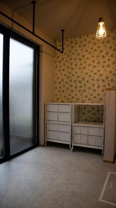 脱衣室 (趣味と、アメリカンファニチャーから始まる家づくり。)