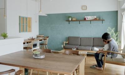 リノベーション / olive (LDKを優しく彩るオリーブグリーンの漆喰壁)