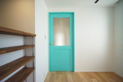 無垢ドア (爽やか)