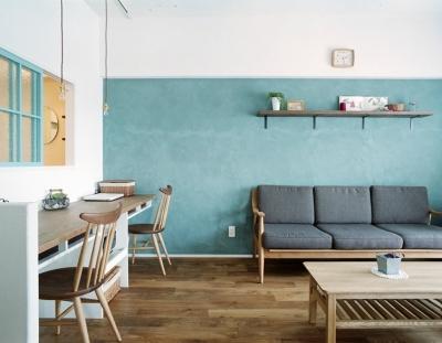 書斎のあるリビングルーム (リノベーション / olive)