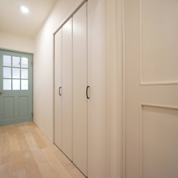 柔らかな彩り (無垢ドア)