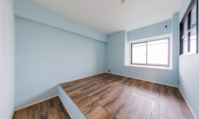 ブルーのインパクト。収納豊富なM様邸 ~スケルトン×フルリノベーション~ (寝室)