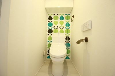 トイレ (『NORDIC』)