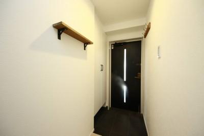 玄関 (『NORDIC』)