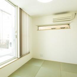鶴見の家 〜ルーフテラスで外の空間と繋がる〜 (光の溢れる和室)