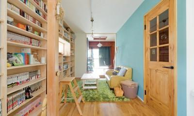 兵庫県Kさん邸:吹抜け一面に、本棚を (本棚2)