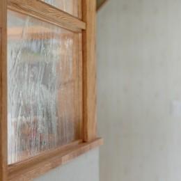 大阪府Kさん邸:水回りを移動し、スキップフロアの広々LDKに (明かり窓)