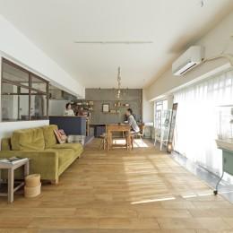 大阪府Kさん邸:日当たりと眺望を楽しめる広々したLDK (LDK)