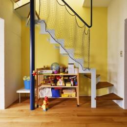 K様邸_壁を生かし…Colorfull! (階段)