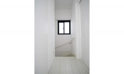 築30年超えの建物を新築並みの性能に (階段)