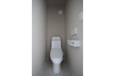 トイレ (築30年超えの建物を新築並みの性能に)