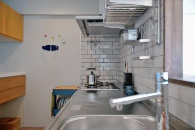 キッチン (解放感×見守りやすい×使い勝手良好。家族に優しいリノベ)