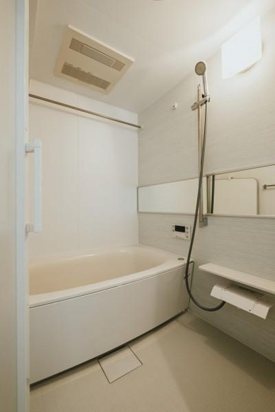 浴室 (大人の爽やかリノベーション)