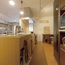 大阪府Mさん邸:オーダーキッチンや広い玄関など「予算内でこんなに!」