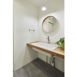 洗面台 (リノベで見直す築43年の住まい)