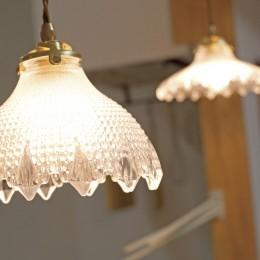 大阪府Sさん邸:壁を塗ったり、パーツを探したり、一緒につくって思い入れたっぷりのリノベーション (照明)