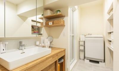 洗面台|お子様の成長と木の温もりを感じる