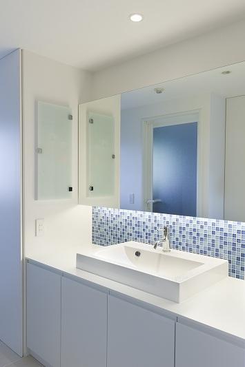 光と風のあふれる空間 (リノベーション)の部屋 洗面