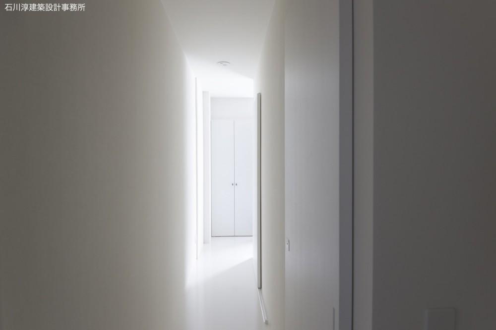 実家リノベーション2戸賃貸へ (101室廊下)