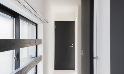 実家リノベーション2戸賃貸へ (2階202室の廊下)