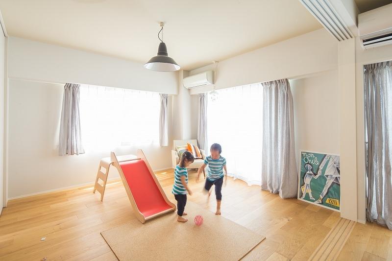 広々としたナチュラル&ヴィンテージな家(リノベーション)の部屋 子供部屋