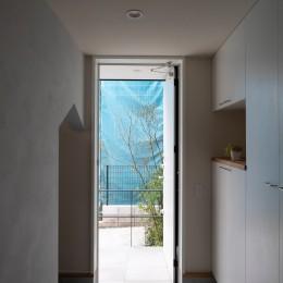 藤沢の家 (玄関)