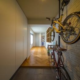 自転車収納可能な玄関