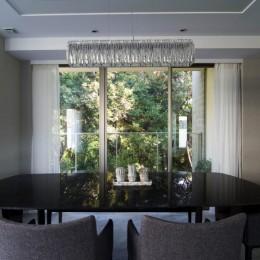 プレミアムマンションのリノベーション計画〜都会の森の家