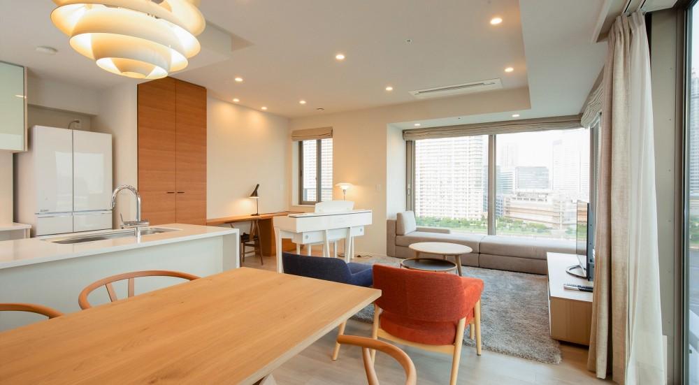 新築分譲マンションのインテリア:東京.晴海 01 (リビングダイニング)