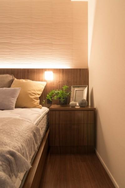 主審室 ベッドサイドテーブル (新築マンション 造作家具&インテリアコーディネート)