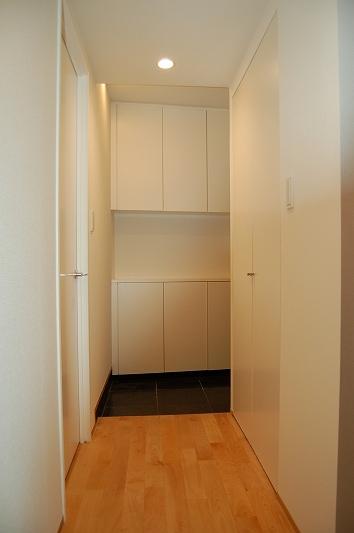 自由発想と要望を詰め込んだ空間(リノベーション)の部屋 玄関