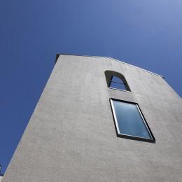 谷根千ペンシルハウス  東京の谷根千地区で完成した木造3階建ての住宅 (外観)