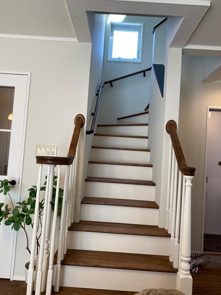 ウインダミアの家 (リビング階段)