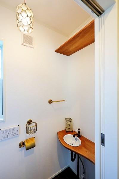 トイレ (ウインダミアの家)