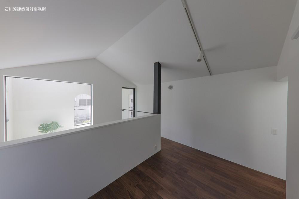 谷根千ペンシルハウス  東京の谷根千地区で完成した木造3階建ての住宅 (3階プライベート空間)