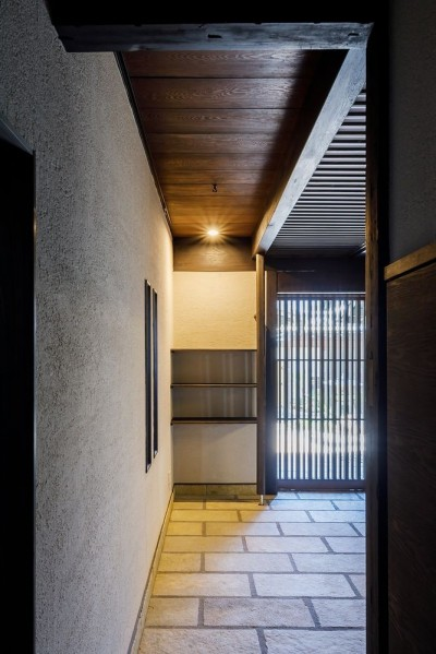 玄関土間 (姫路・天満の家 主屋)