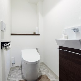 川崎市W様邸 ~妥協しない住まい~ (掃除がしやすく清潔でいられる手洗い器付&タンクレストイレ)