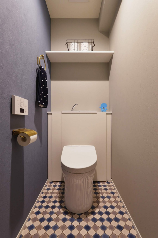 アイランドキッチンを中心に、親子でくつろげる空間 (トイレ)