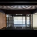 姫路・天満の家 主屋の写真 キッチンからダイニングを見る